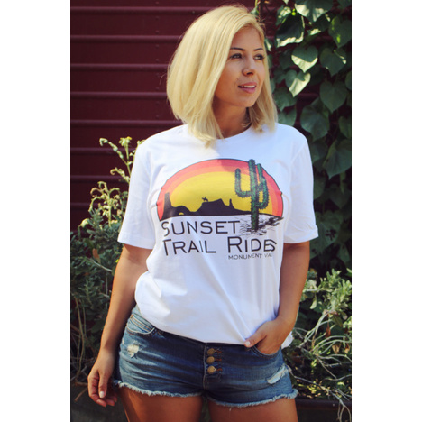 Sunset Trail Ride Cool Vintage T-Shirt